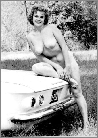 http://www.zetagalleries.com/hmj/naturists/f157be1f0051274be438c6d905607d3a/01.jpg