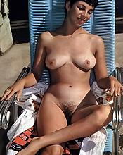 ebony nipples percing