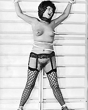 Vintage Pornography - Lusty Beauties In Vintage Photography 351