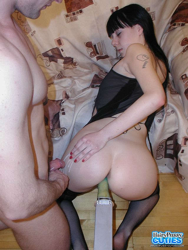naked gorgeous gill with sex machine