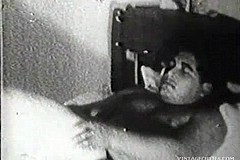 / Amateur Couple Has Sex in this Vintage Video and a Man Wants to Make His Woman Happy by Licking Her Hairy Cunt