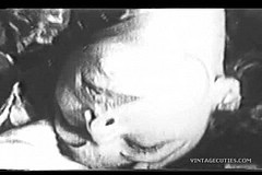 / Two Poor Girls Sexually Pleasing a Rich Man by Sucking His Cock and Fucking in 1940s Vintage Porn Video Clips