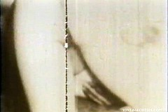 Vintage Amateur Porn / Watch an Amateur Couple Having Hot Sex in this Vintage Porn Video of 1960s where Babes Cunt gets Creampied